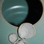 Détail vase coquillage